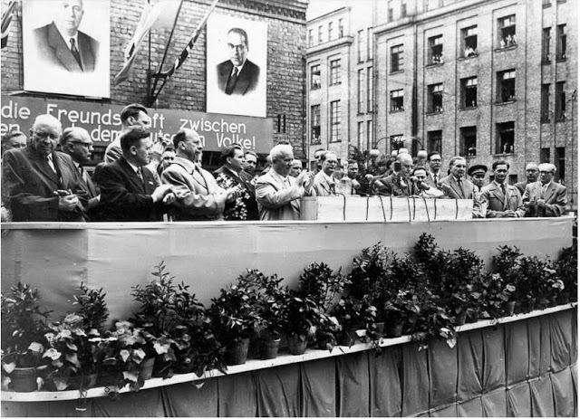 10 июня 1959 года. Рига. Митинг советско-немецкой дружбы на ВЭФе. На трибуне Н.С. Хрущев