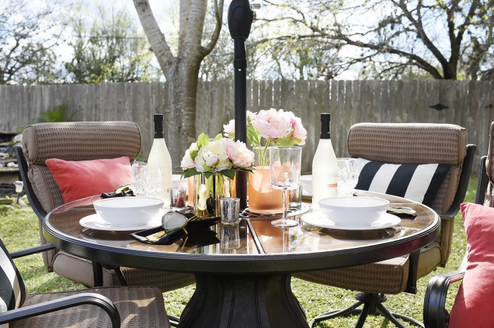 This blogger spent $100 and created a gorgeous outdoor oasis perfect for dining and entertaining. Her post has great ideas, pics and tips for updating an outdoor space with smart shopping and decor.