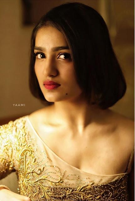 Malayalam Actress Saniya Iyappan photos