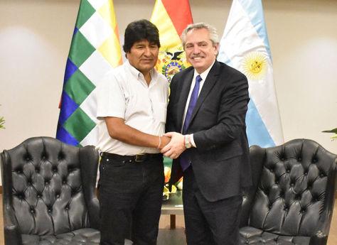 Morales y Fernández durante la visita del candidato kirchnerista a Bolivia el 20 de septiembre / ABI ARCHIVO