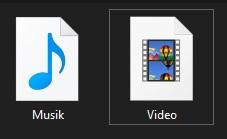 Jika berhasil, maka folder yang Sobat tadi edit akan berganti icon nya.