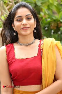 Actress Punarnavi Bhupalam Pictures at Yentha Pani Chesave Sireesha Movie Logo Launch  0012.JPG