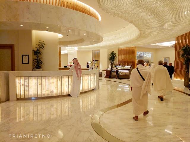 lobby hotel hilton di mekah