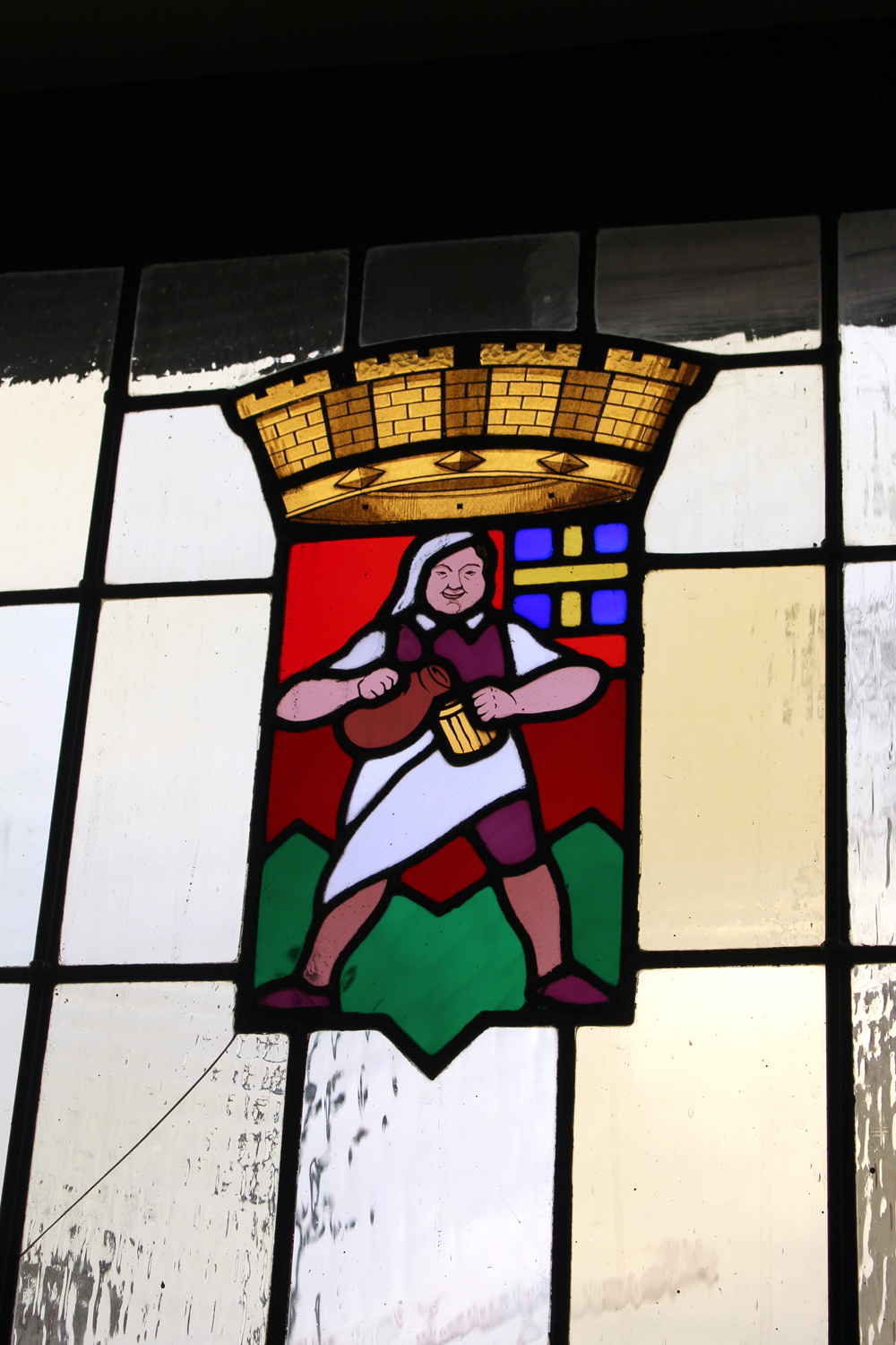 Stained glass at Club Marot Lille - travel & lifestyle blog