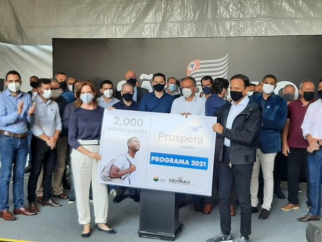 Governo de SP lança Prospera Jovem 2021 para 2 mil estudantes