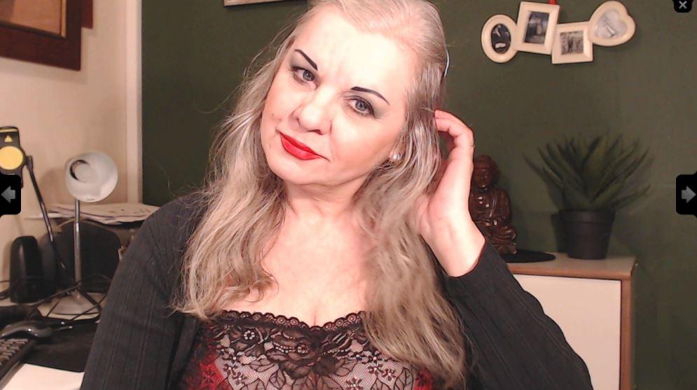 Sarah Hilton Model Skype