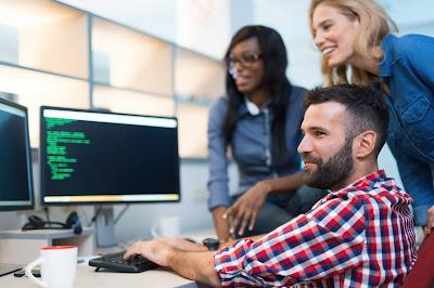 Profesi Dengan Gaji Tinggi Di Indonesia (IT engineer)