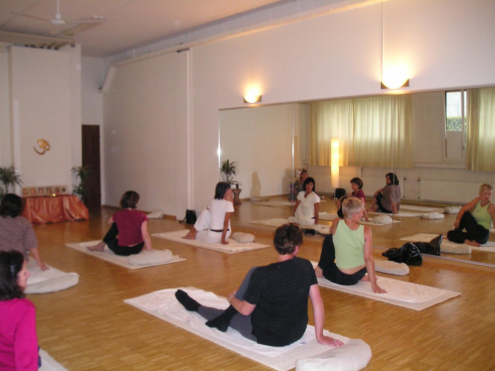 Kundalini Yoga-Übungen zur Gewichtsreduktion