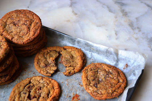 Triple Chocolate Chip & Caramel Cookies