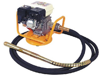 Petrol driven poker vibrator for internal vibration of concrete