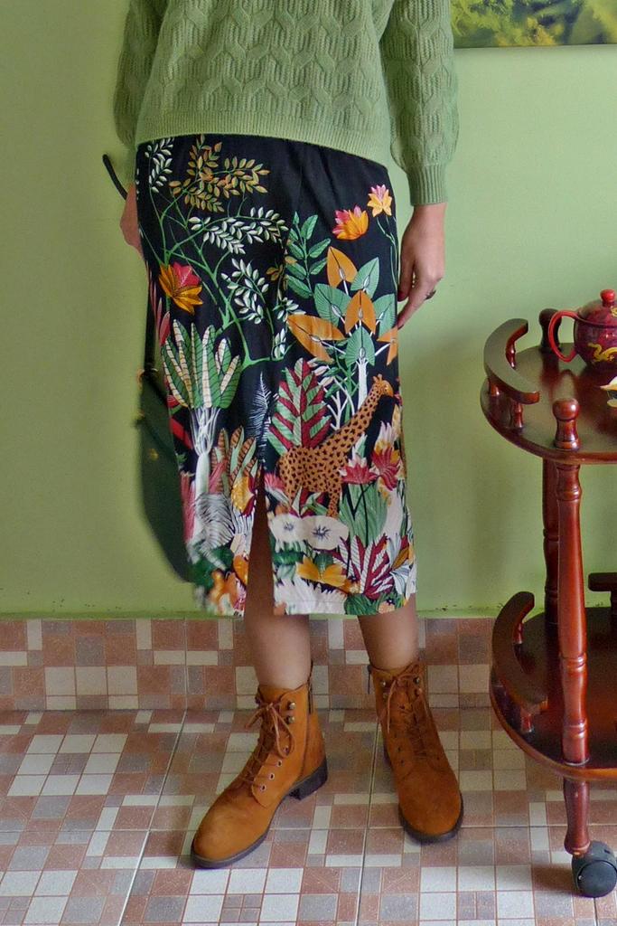 African theme print skirt