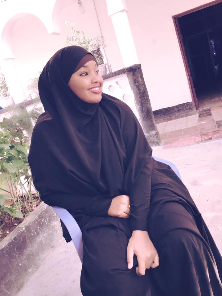 hijab picture Sexy public