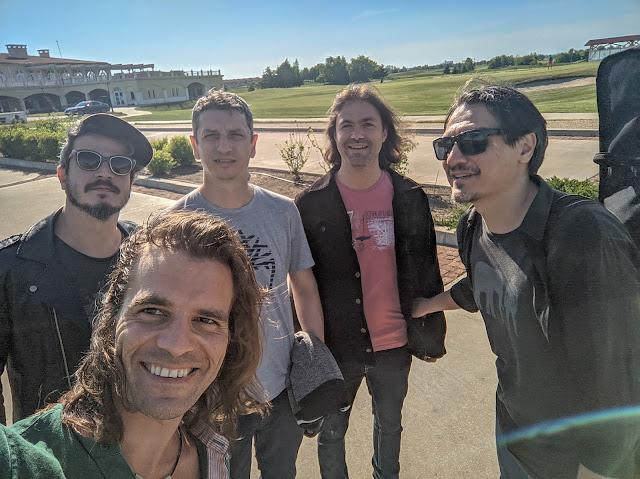 Casual Threesome termine actuellement l'enregistrement de leur premier album, qui sortira à l'automne 2021.