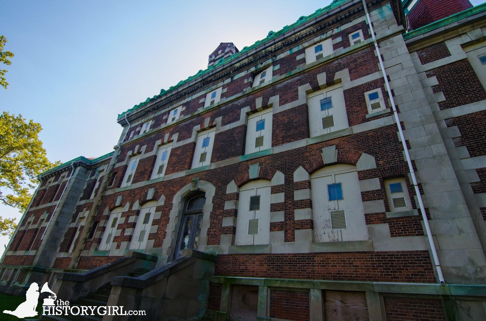 Exploring Ellis Island's Unrestored Hospital Complex ~ The ...