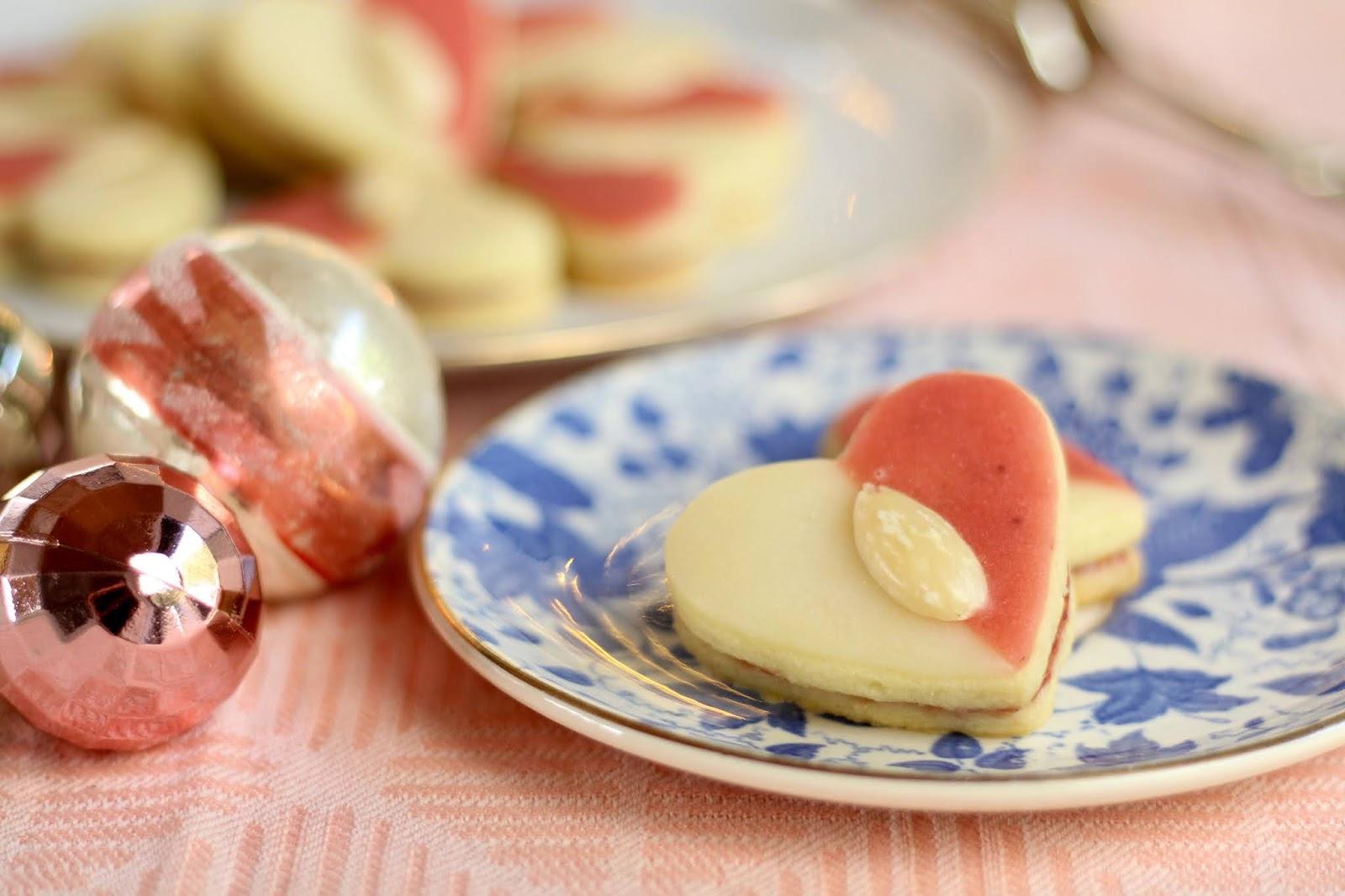 Fruchtige Himbeerherzen: Plätzchen fürs ganze Jahr! - Rezept von Sugarprincess | SCCC 2020: Türchen Nr. 24 | Gewinnspiel