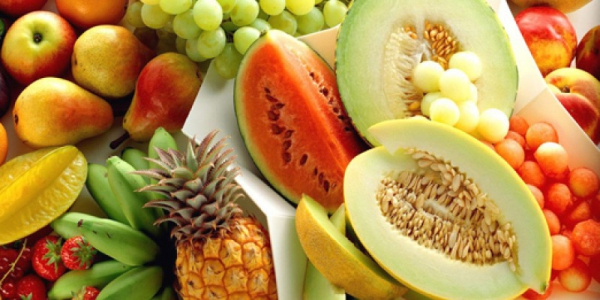 αγαπημένα καλοκαιρινά φρούτα