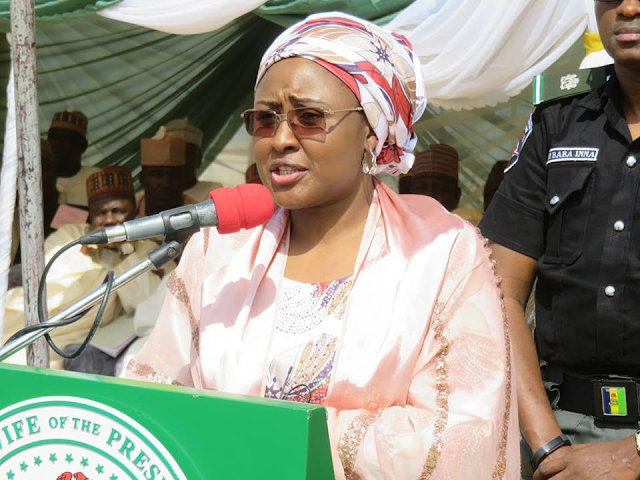 Aisha Buhari kicks off distribution of nutritional foods to IDPs in Benisheirk, Borno State