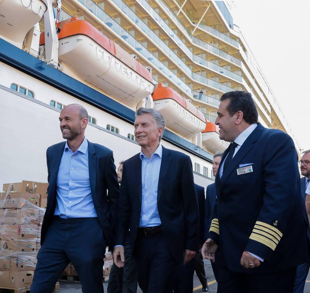 Macri recorrió el crucero turístico Celebrity Eclipse