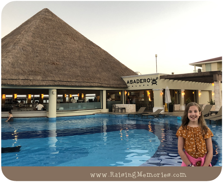 Best Places to Eat at Moon Palace Resort in Cancun