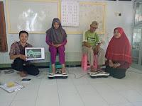 Sosialisai Kesehatan Oleh Klinik Aurera Di Dusun Kidul Pasar Desa Rambipuji