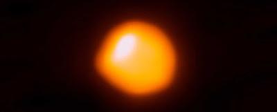 Os cientistas não têm idéia do porquê Betelgeuse está diminuindo