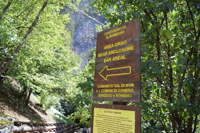sentiero nella roccia per san romedio
