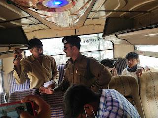 विशेष चैकिंग अभियान: 9 यात्री बसों पर 12 हजार रूपये शमन शुल्क वसूला