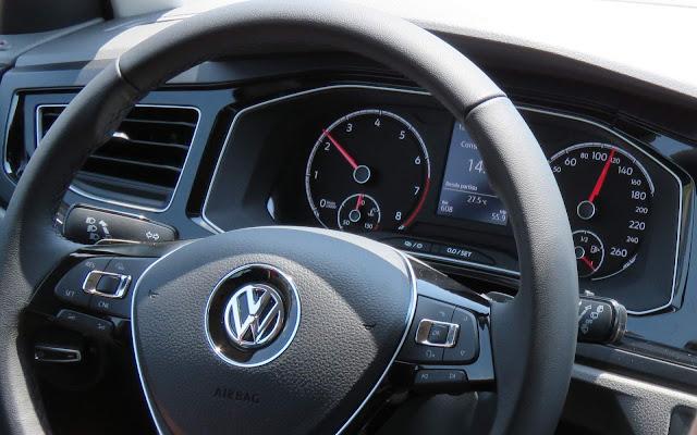 VW Polo 200 TSI Comfortline Automático - painel