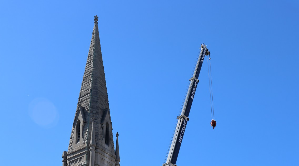 At fire-damaged Middle Collegiate Church, it's moving day for the historic New York Liberty Bell