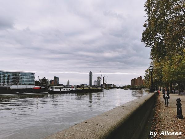 Chelsea-Embankment- gardens