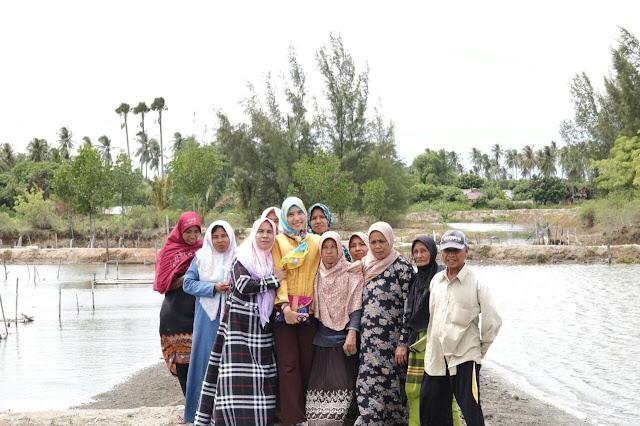Mencari Tahu Cara Unik Budi Daya Tiram di KBA Aceh