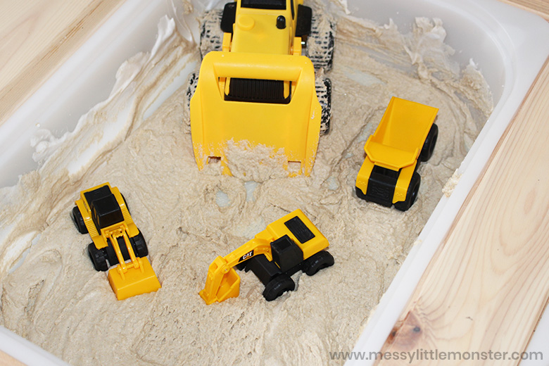 construction sensory play