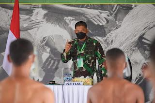 Danrem Merauke Pimpin Sidang Parade Penerimaan Bintara PK TNI AD Tahun 2021