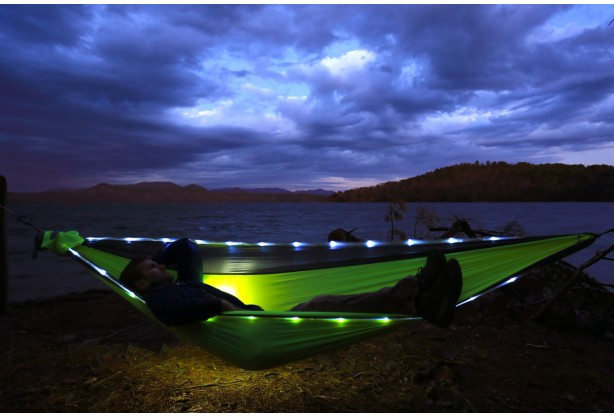 17 camping gift ideas - LED hammock from ENO