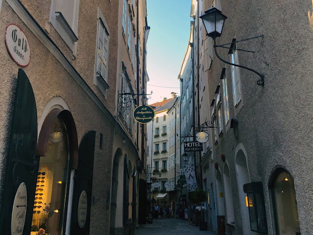The narrow streets of the Salzburg old-town