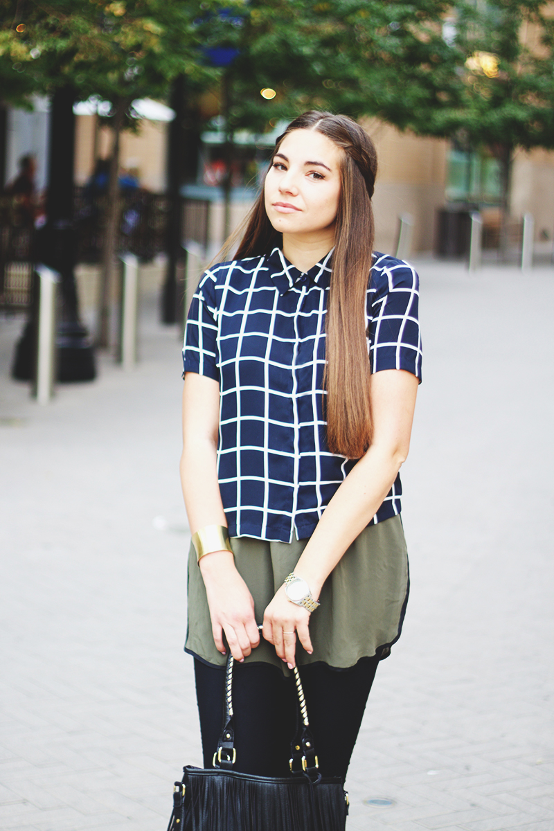 tiled pattern shirt, fashion blogger