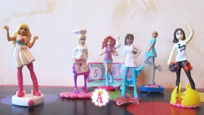 Фигурки Барби из киндеров