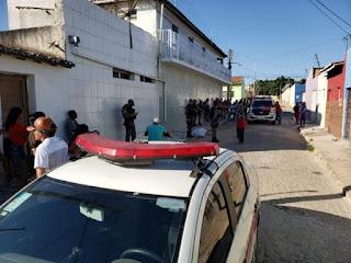 Assassinato em Cuité; mulher foi morta com vários tiros na tarde deste domingo (4)