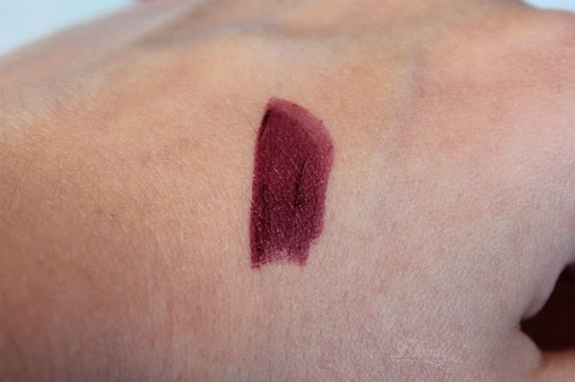 p2 Beauty Voyage Colour Fusion Lipstick - '040 damas rose' - Swatch auf der Hand