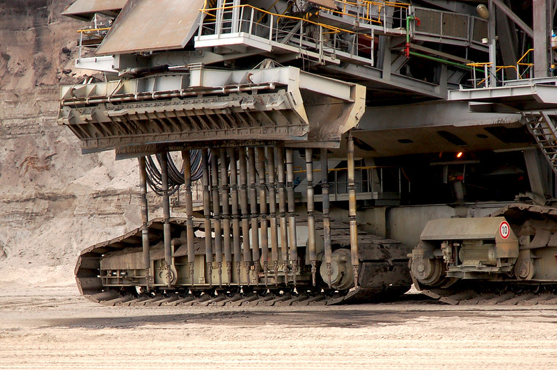 biggest excavators in the world