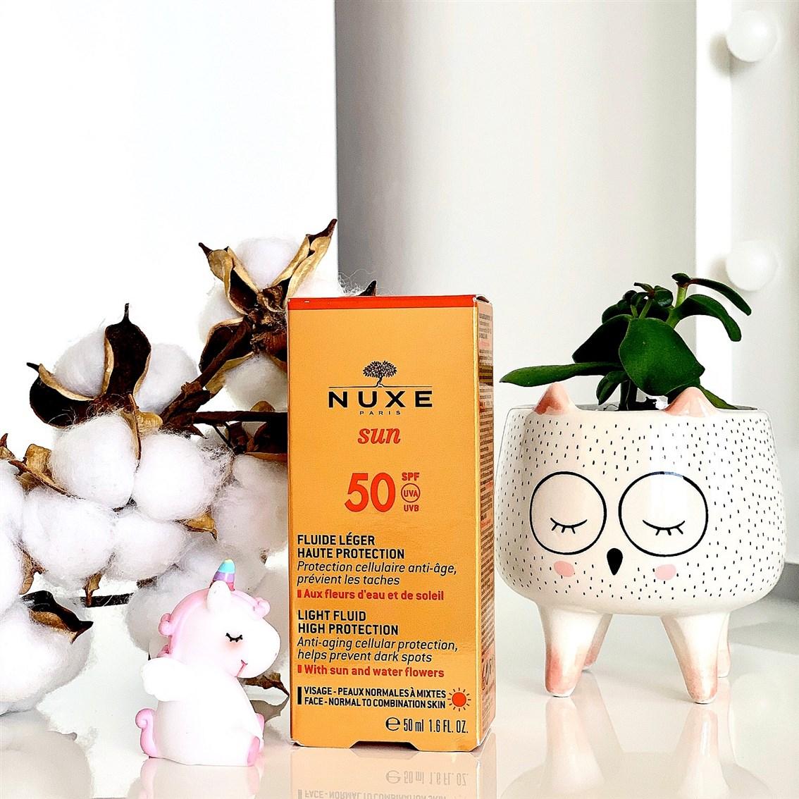 Nuxe Sun Lekki fluid o wysokiej ochronie SPF50 opinie