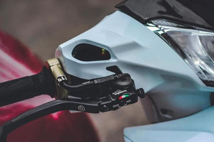 Future 125 trang bị 'đồ chơi' đắt giá từ đầu đến chân khiến dân mạng trầm trồ không ngớt