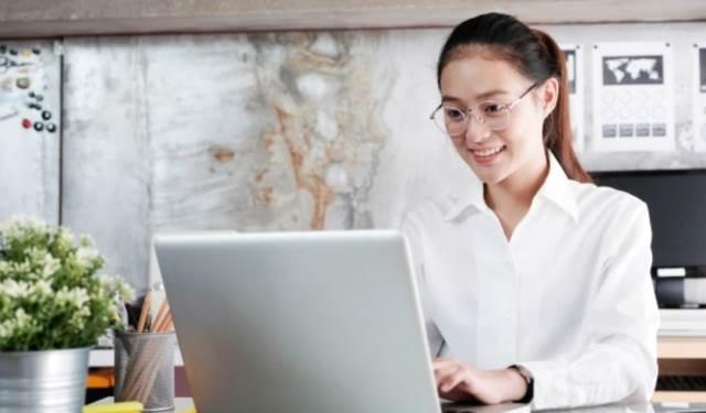 Daftar Profesi Baru di Era Digital, Termasuk Buzzer dan Streamer