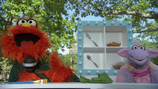 Murray Ovejita Murray's Cubbies food game, Sesame Street Episode 4306 The Letter G Song