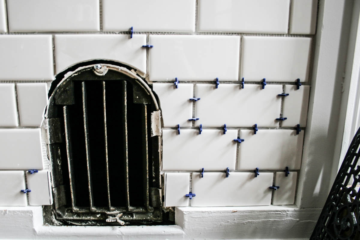 How to tile a mantle