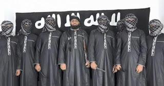 இலங்கை பயங்கரவாத தாக்குதலை மேற்கொண்டவர்களின் படங்களை ISIS வெளியிட்டது ..