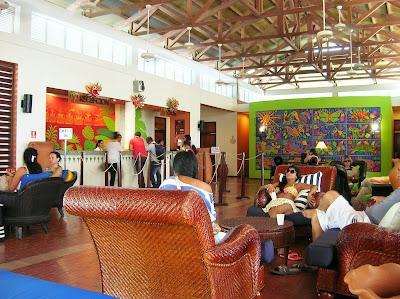 Lobby, Recepción, Hotel Royal Decameron Resort Panamá, round the world, La vuelta al mundo de Asun y Ricardo, mundoporlibre.com