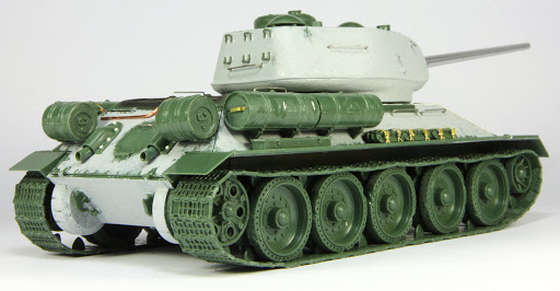 Build Review Pt I: 1/35th scale T-34/85 Korean War from Italeri