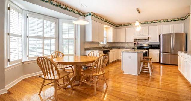 lantai kayu bernilai seni tinggi