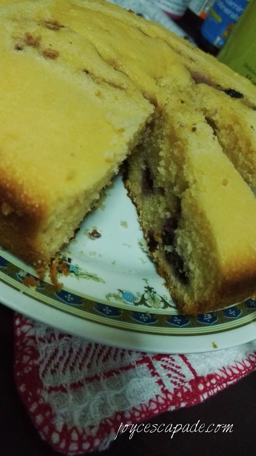 Turn Cake Mix Into Muffins